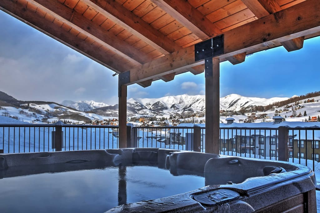 Relax with a dip in this pristine community hot tub.