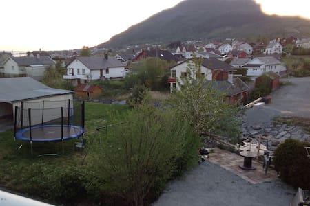 flat near the pulpit rock . - Jørpeland