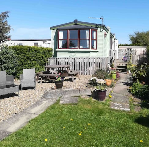 Near Whitby, static caravan on private site