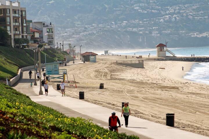Walk to the Beach & Redondo Pier