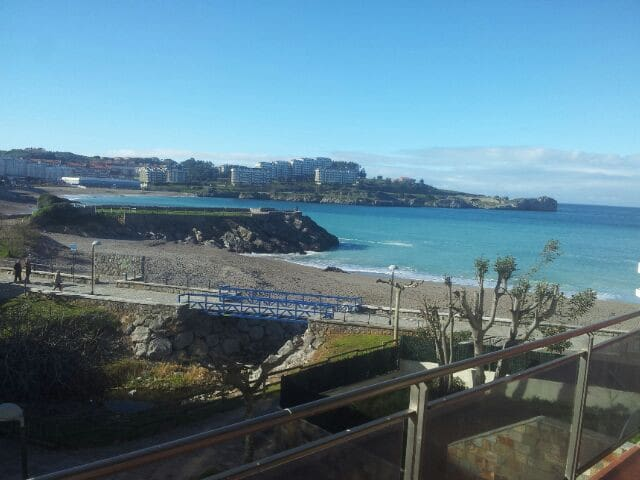 Apartment on the beach front - Castro Urdiales - Huis