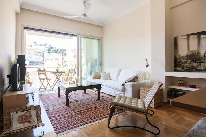 beautiful apartment with view of the Acropolis
