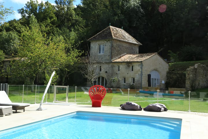 SELF CATERING NEAR SAINT EMILION