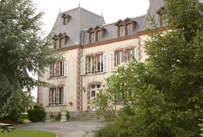 Château of Montmireil - Canisy - Castell