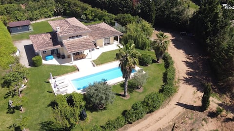 Corsica Villa 1 ch villa entière piscine chauffée