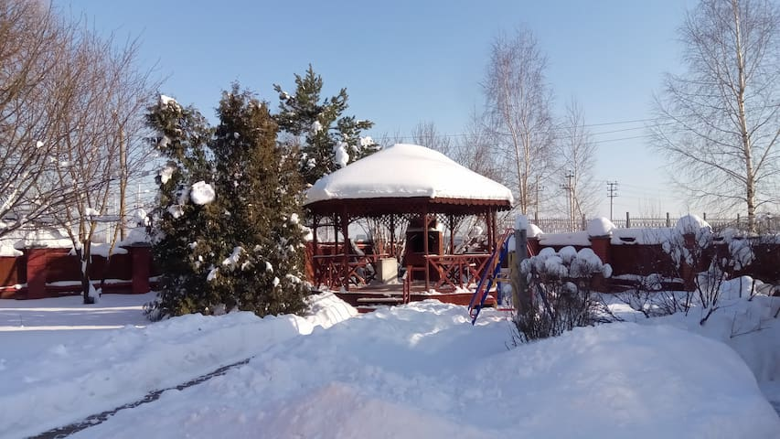 Country house with a garden. Russian bath, gazebo.