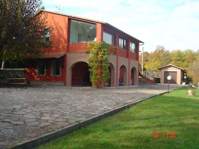 Villa San Lorenzo with pool  Todi ,Italy - Todi - Villa