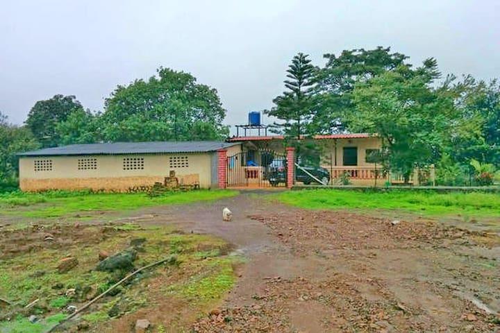Rural Rustic Farm LONAVALA - Lonavala - บ้าน
