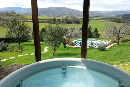 Exclusive villa with pool jacuzzi wifi and green - Montecastelli Pisano