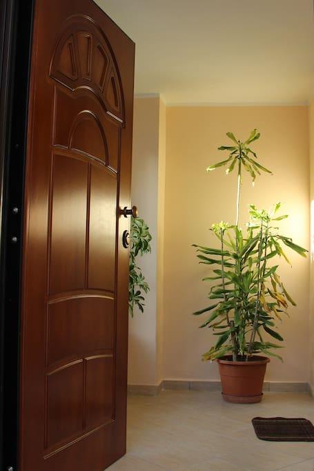 Casa 2 piani lungofiume case in affitto a sant 39 elia for Piani casa 2 letti