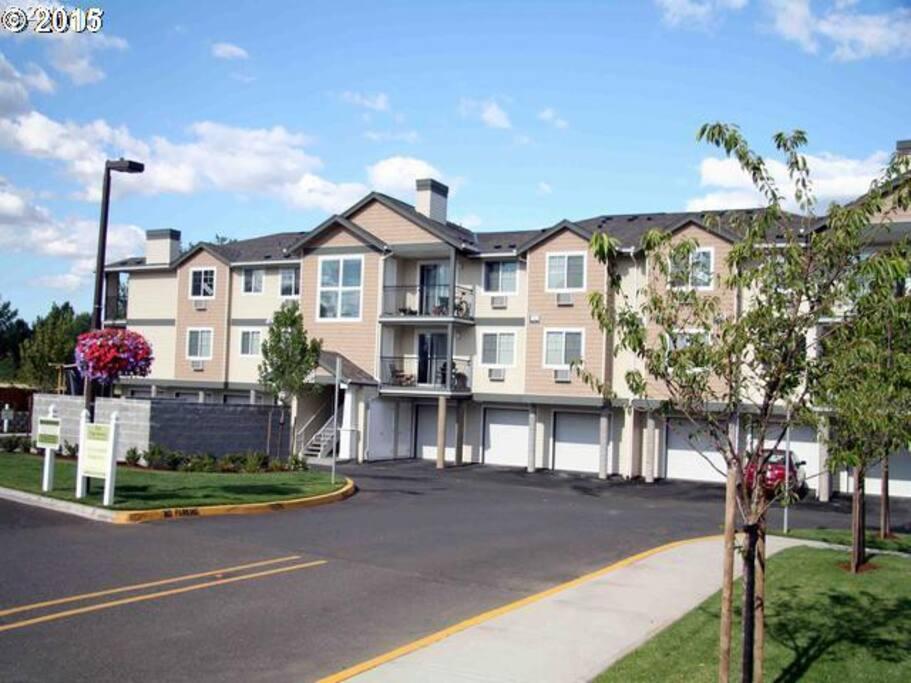 Beautiful 3 Bedroom Condo Near Nike And Intel Condominiums For Rent In Beaverton Oregon