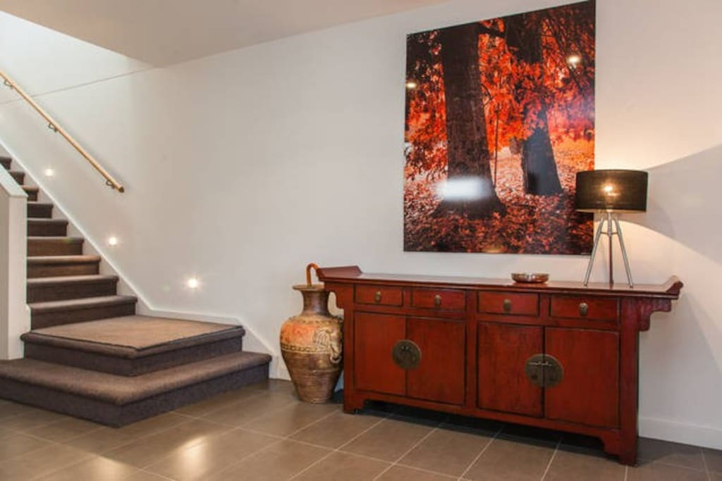 Entrance foyer with beautiful photo of Autumn in Bright, Victoria