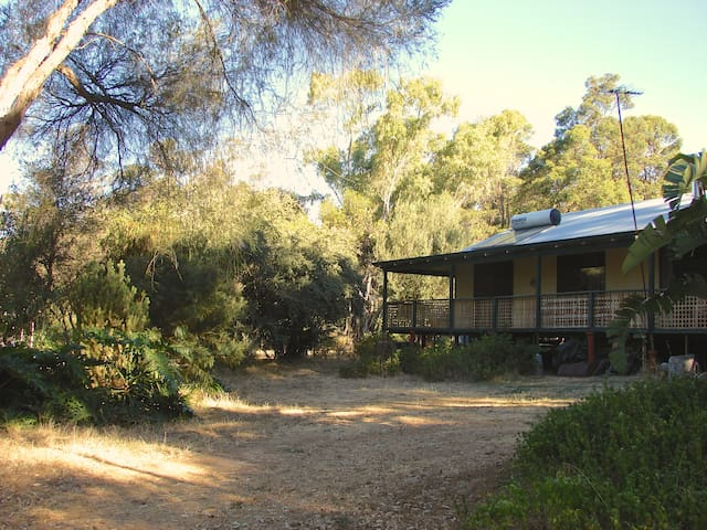 Perth Hills 'Watowa',Little Lodge, - Mundaring - Hus