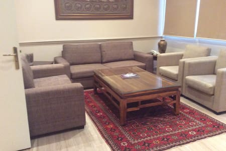 Affordable 2BD Apartment in The Heart of Hamra! - Beyrut