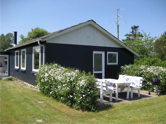 Charming summercottage - cheep rent - Nordborg - Cabin