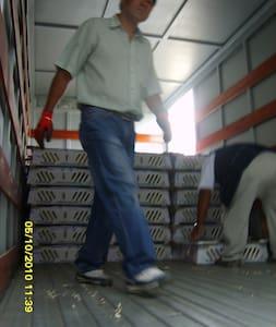 Load Exclusive Arequipa, Peru - San Francisco - Van