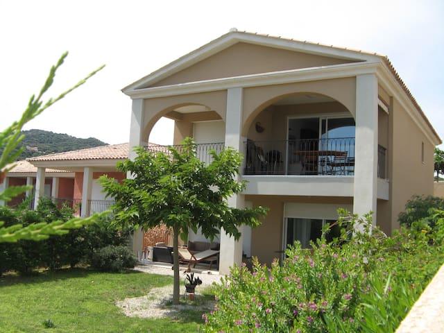 T2 standing,terrasse  vue mer panor - Lumio - Apartamento
