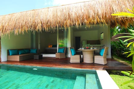 Tropical Suite Villa private pool 6