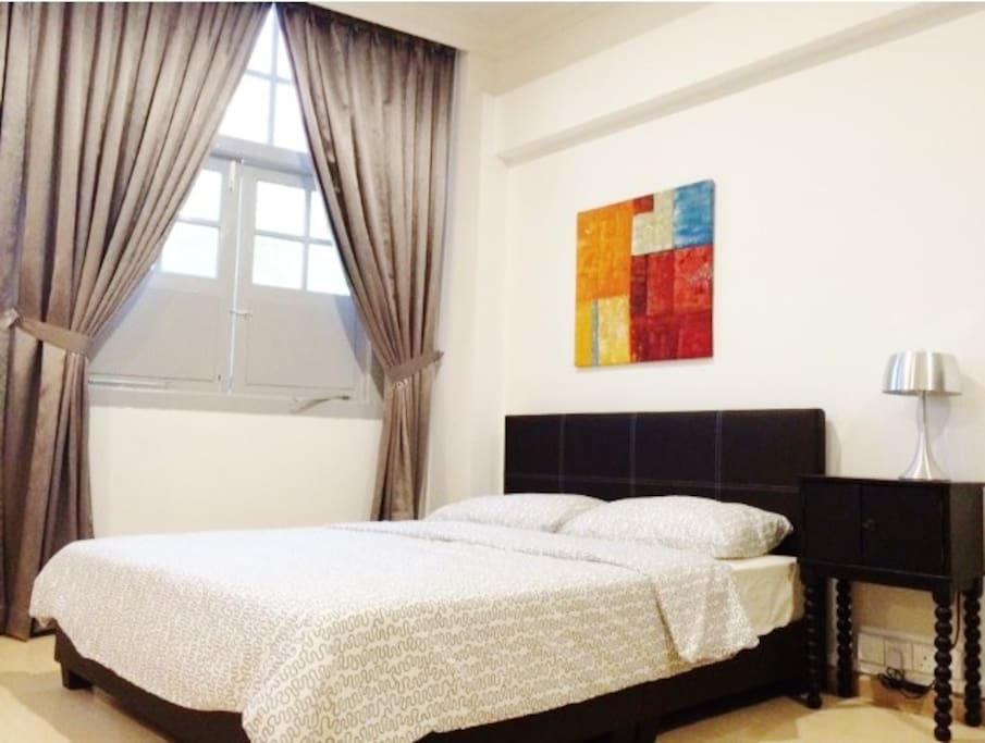 Farrer Studio 1: Bedroom with Queen Bed. Bed set and towels are provided