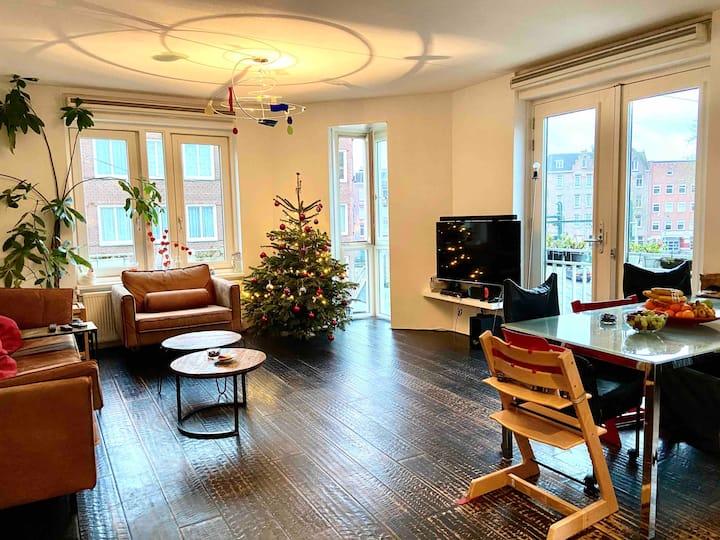 Spacious & comfortable family flat