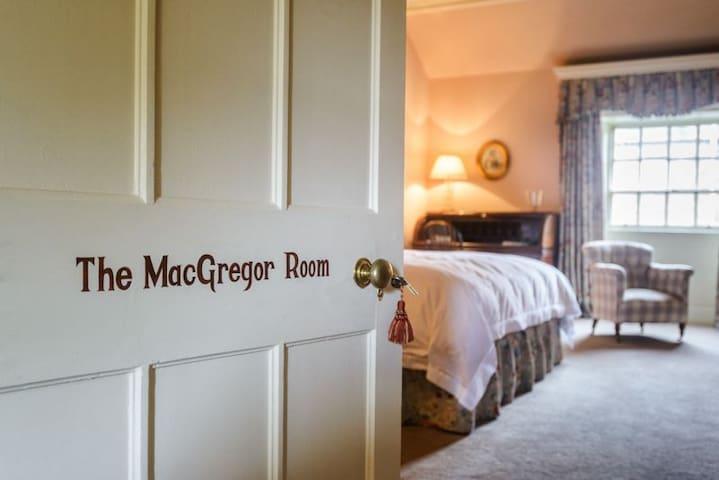 The MacGregor Room.