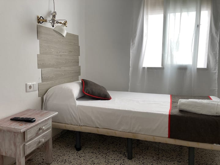 ★ Private single room in Old Town - Paco Marbella