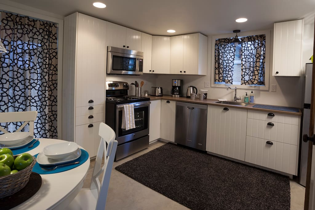 Main level has full size equipped kitchen