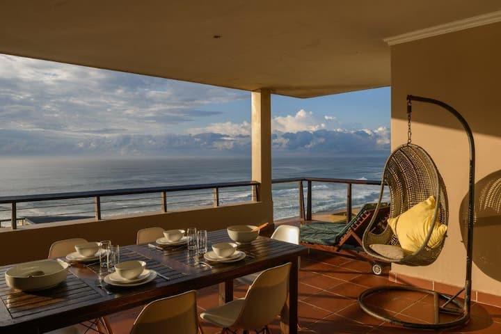 Beautiful Beachfront Apartment - SUNRISE BEACH