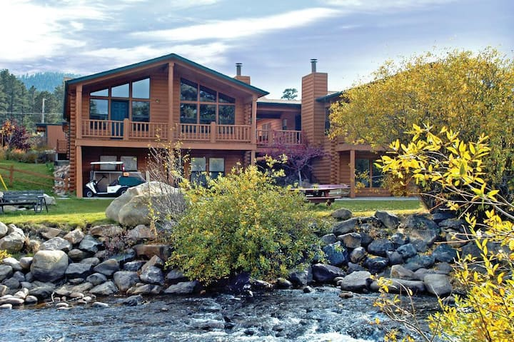Romantic Studio in the Rocky Mountains w/amenities