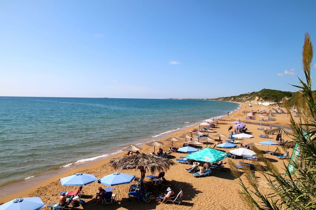 The beautifull Santa Barbara sandy beach!!!