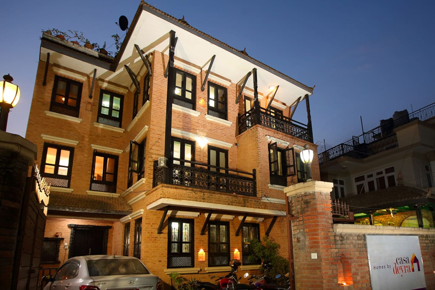 Authentic experience with highest comfort @ traditional charm