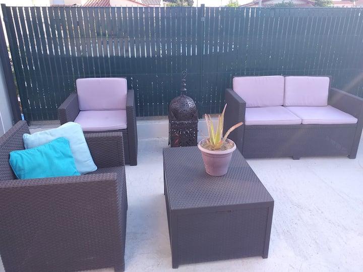 Studio avec terrasse