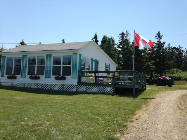Bay of Fundy Sea Side Cottage