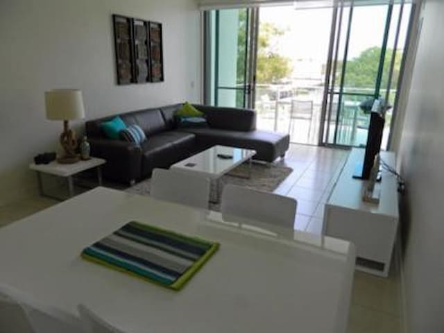 Beautiful Modern Woorim unit walk to beach - Woorim - Departamento
