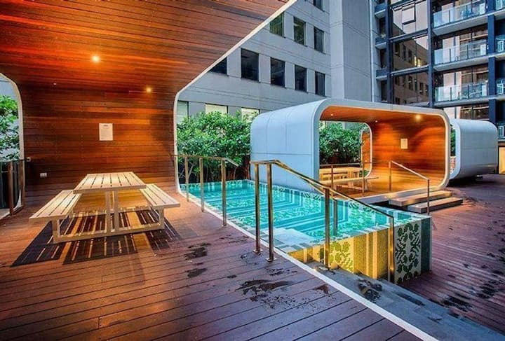 Botanical Southbank | Views |Free secure parking