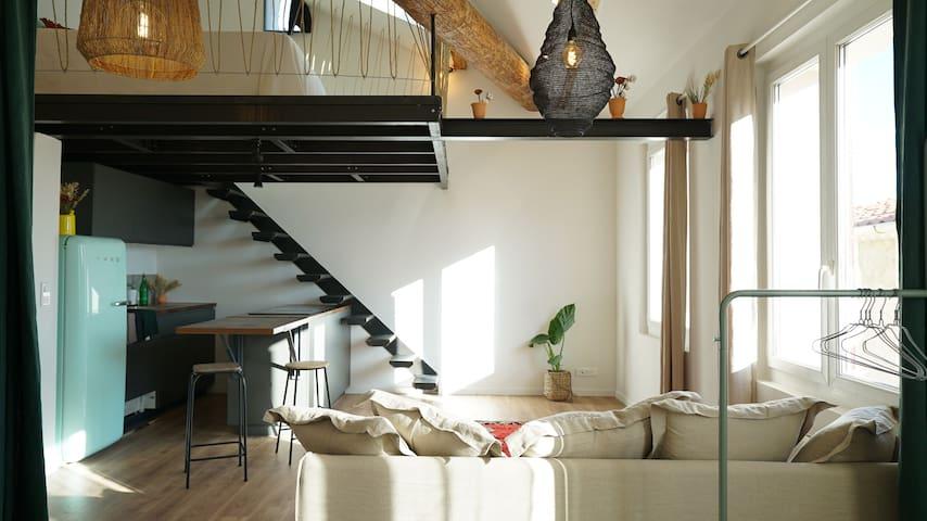 Appartement Loft au coeur du village de Cassis.