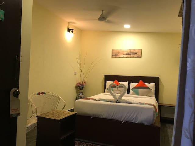 A cosy room on Baga beach