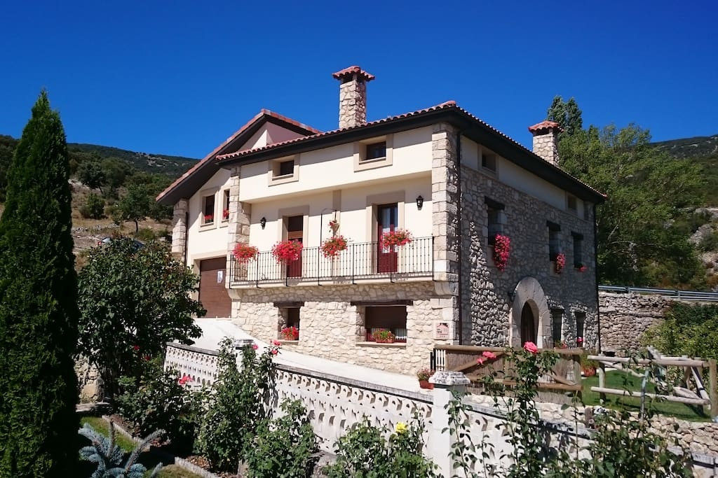 Exterior de Casa Rural Torres
