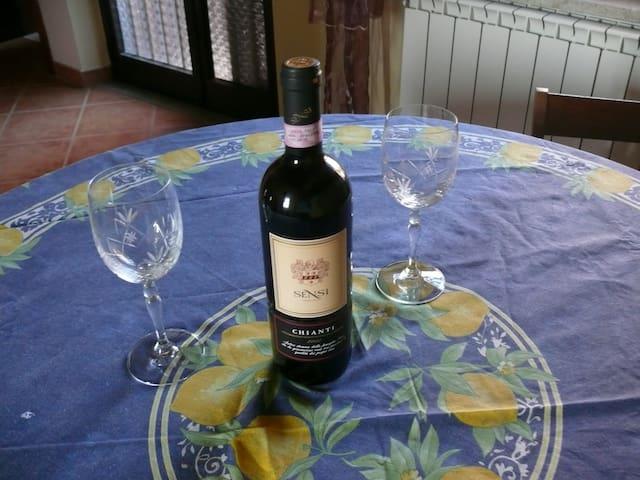 Tuscany Umbria border countryside - Castiglione del Lago