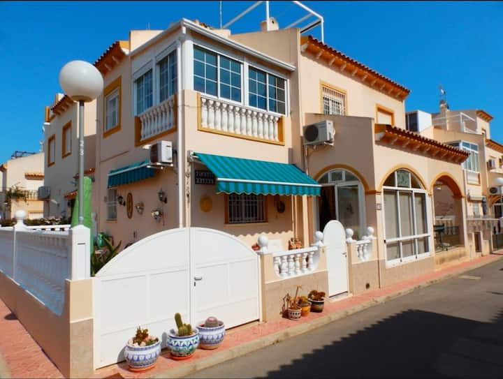Torrevieja South, 3 bedroom house, near La Zenia