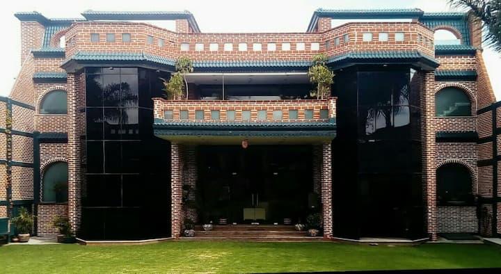 Residencia Auto-Sustentable, Solar en Puebla, Mex.