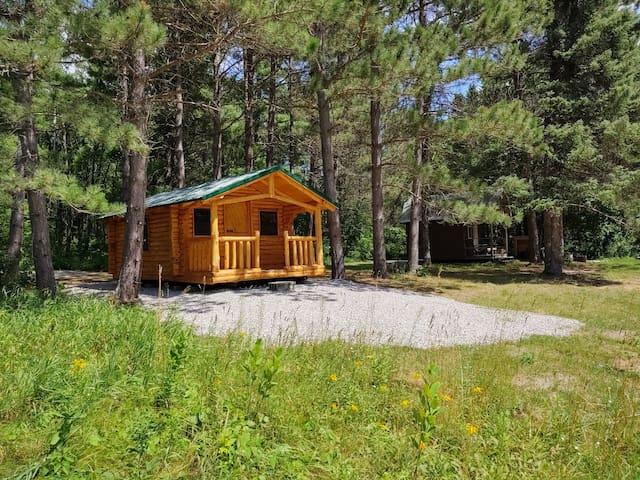 The Farm By The Lake - Cedar Cabin