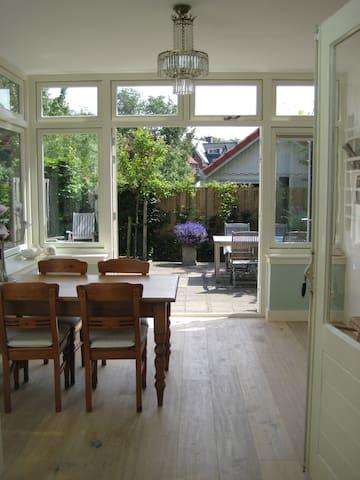 'Huis de Linde', nabij bos en zee - Castricum - Haus