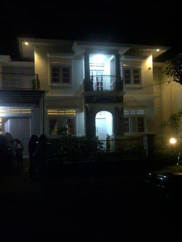 Rumah di daerah sejuk  - Bogor Kab - Rumah