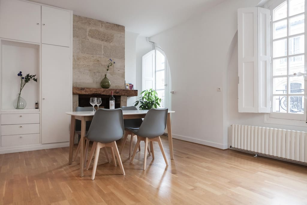 Appartment 52m t2 historical center city hall for T2 bordeaux