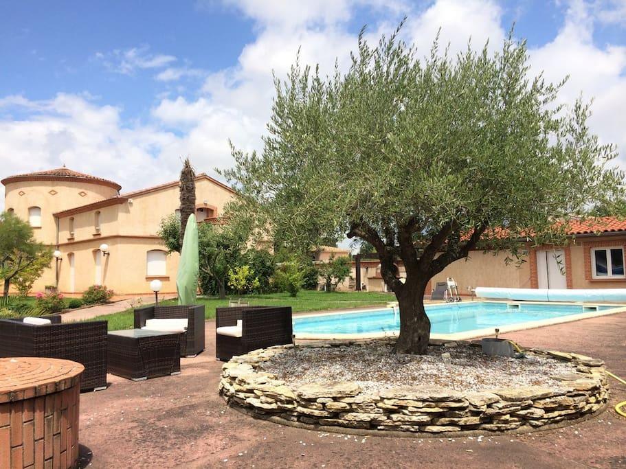 Appartement dans grande propriété avec piscine privée