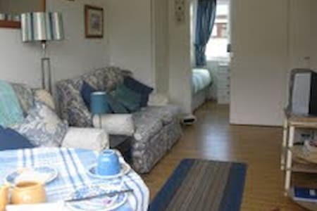Holiday chalet close to The Lizard and Cadgwith - Chalet