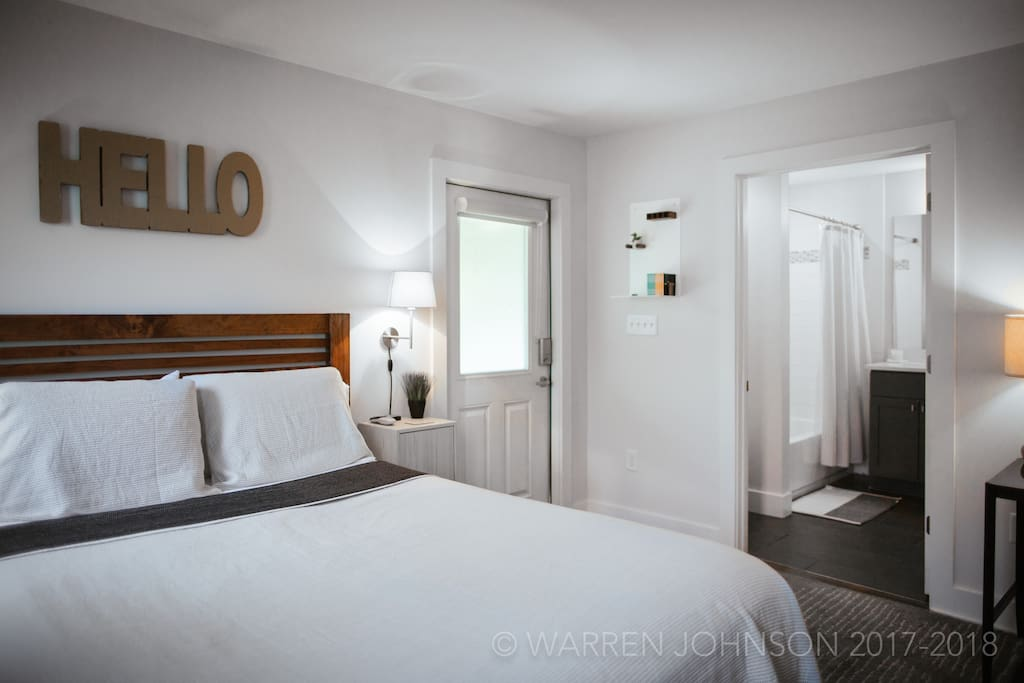Private-Entry Guest Suite