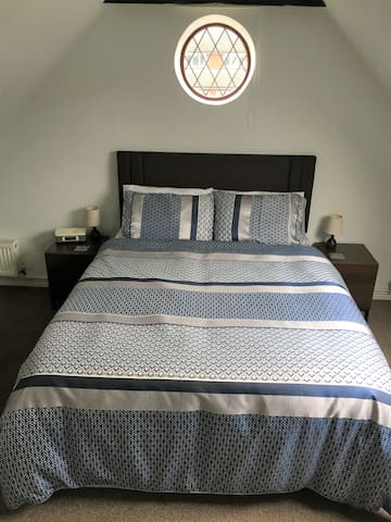 Double Room Annex with Ensuite and Private Access