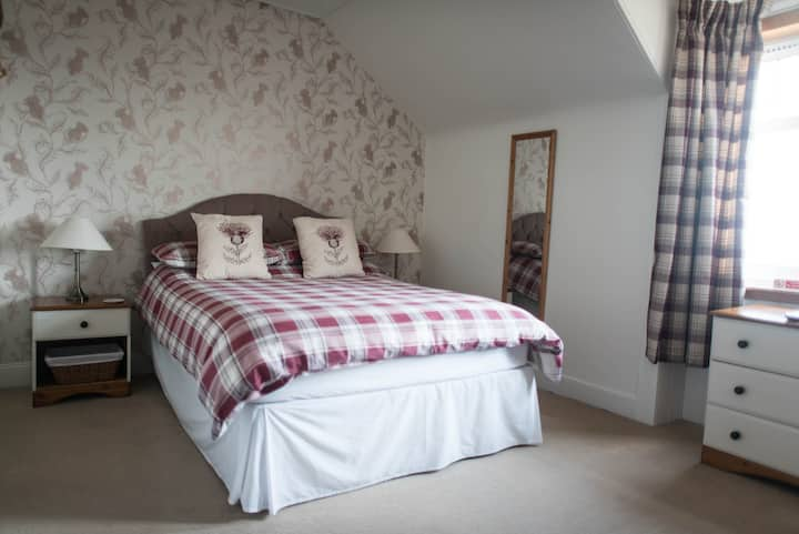 Crieff Double Room only Galvelbeg Get-away